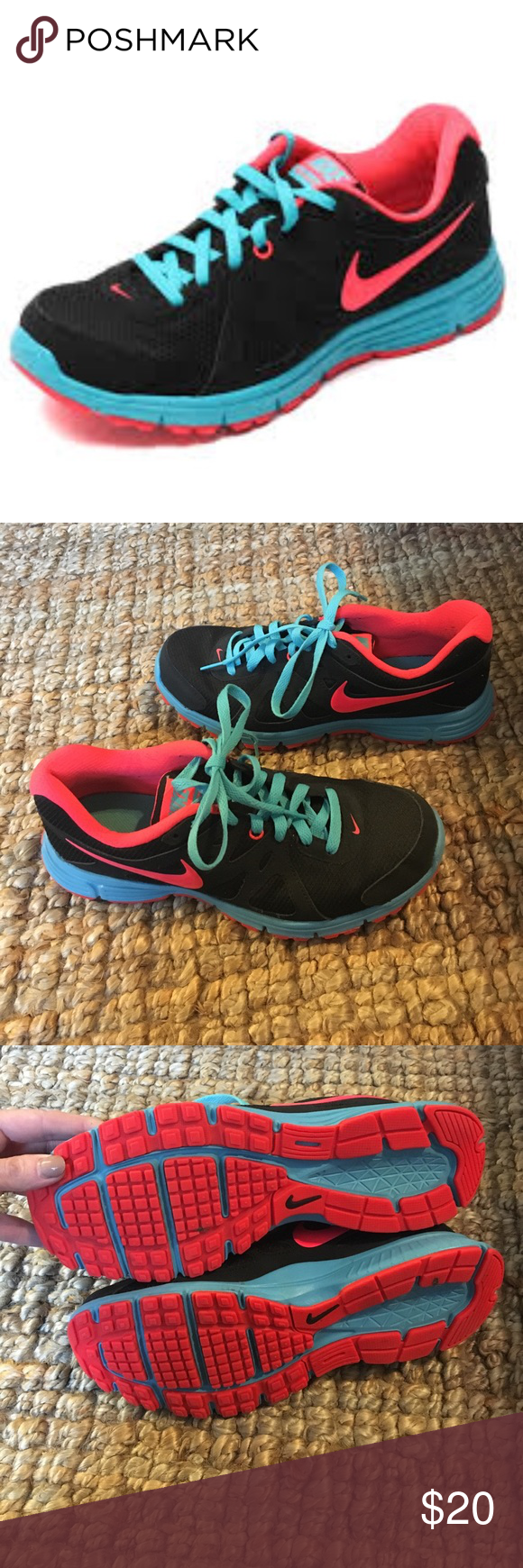 Nike Revolution sz9 Almost perfect condition. Nike Shoes Athletic Shoes