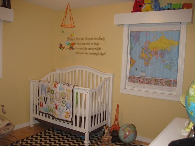 Gender Neutral Kid Baby Room With A Travel Theme Baby Room Neutral Baby Girl Nursery Themes Gender Neutral Kid
