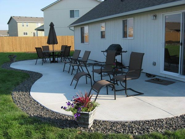 24 Simple Backyard Landscaping Ideas Which Look ... on Simple Backyard Patio Designs id=82459