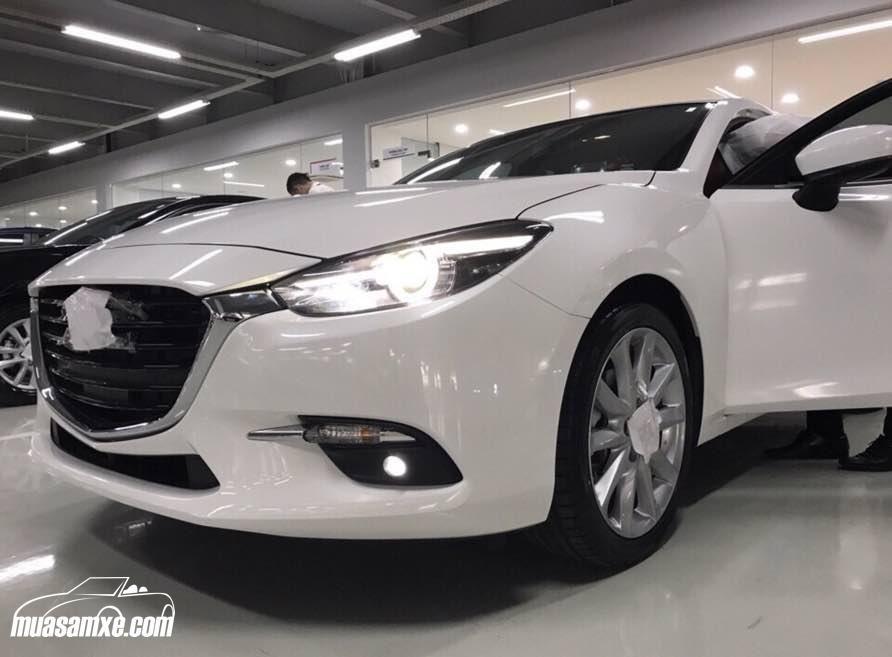 Mazda3 2017 Facelift giá bao nhiêu tại Việt Nam? Hình ảnh Mazda 3 2017 sedan, Hatchback và thông số kỹ thuật cùng giá bán xe Mazda 3 2017 đã được muasamxe.com cập nhật ở đây https://muasamxe.com/danh-gia-xe-mazda3-2017-facelift/