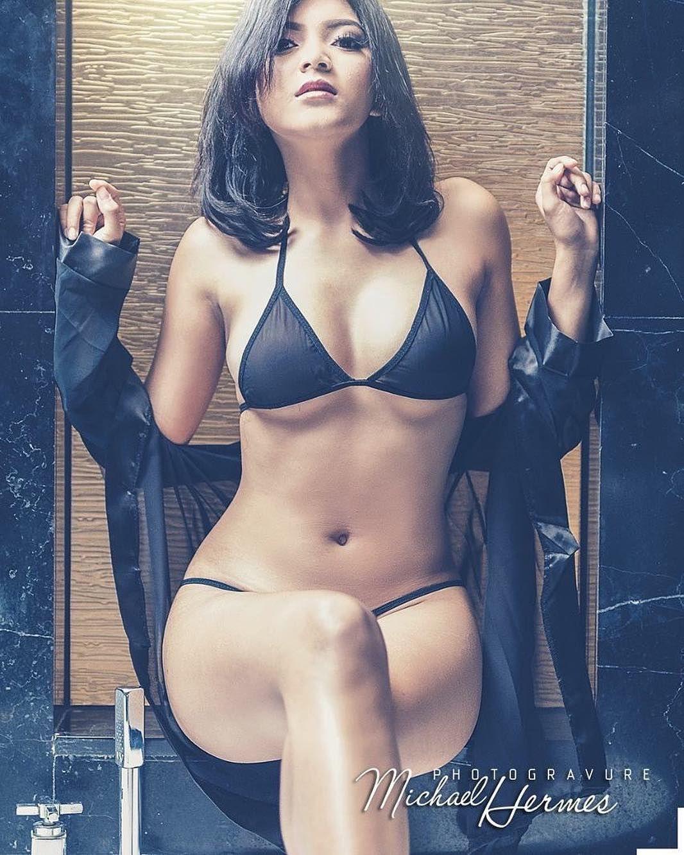 Image doreen tracey gallery magazine nude