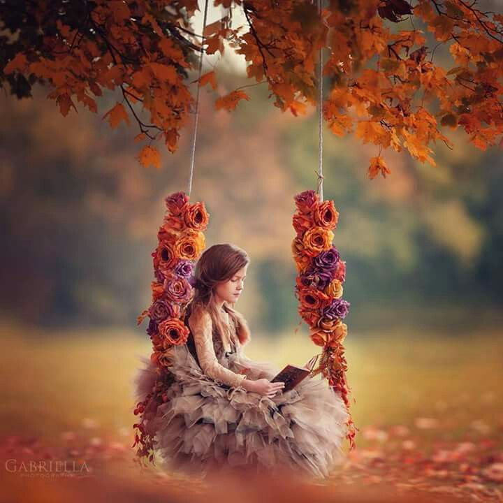 Pin By Waleed Salih On Simply Beautiful Little Girl Photos Alone Girl Pic Beautiful Girl Photo