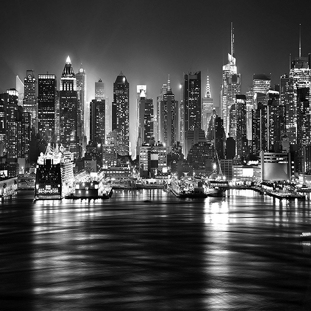 NEW YORK CITY AT NIGHT SKYLINE VIEW BLACK & WHITE