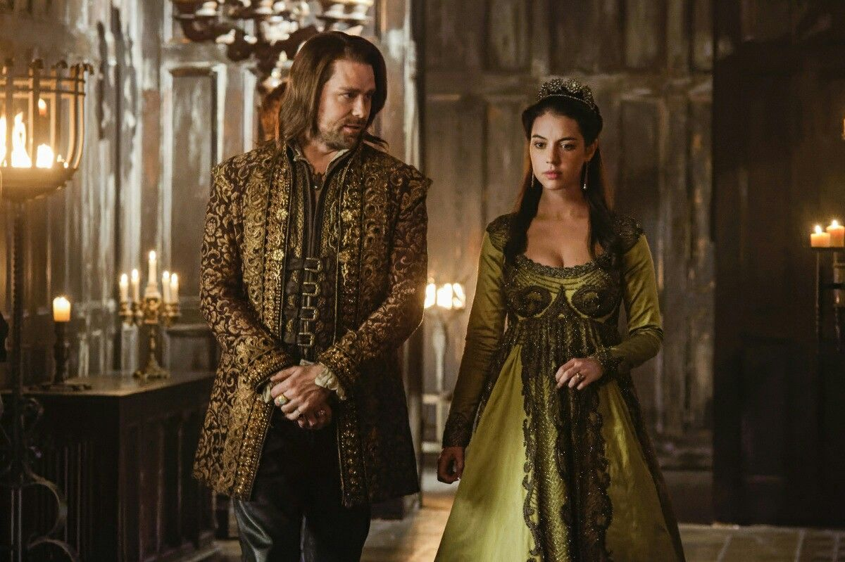 Reign Season 4 Episode 12 The Shakedown Rizzio And Queen Mary Reign Dresses Reign Fashion Stunning Dresses