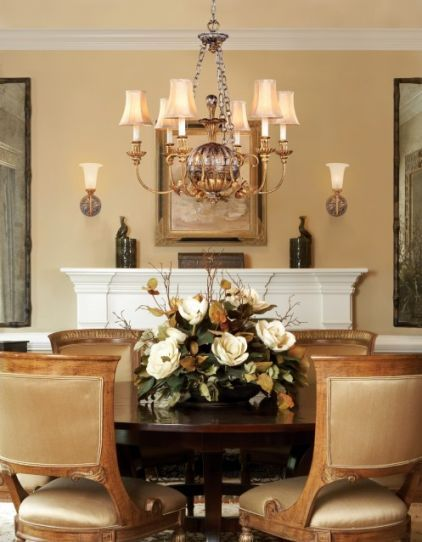 You Don T See Many Magnolia Table Arrangements Beautiful Dining Room Table Centerpieces Dining Room Centerpiece Tropical Dining Room