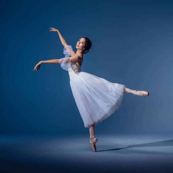 <<Karen Nanasca (The Australian Ballet) # Photo © Daniel Boud>>