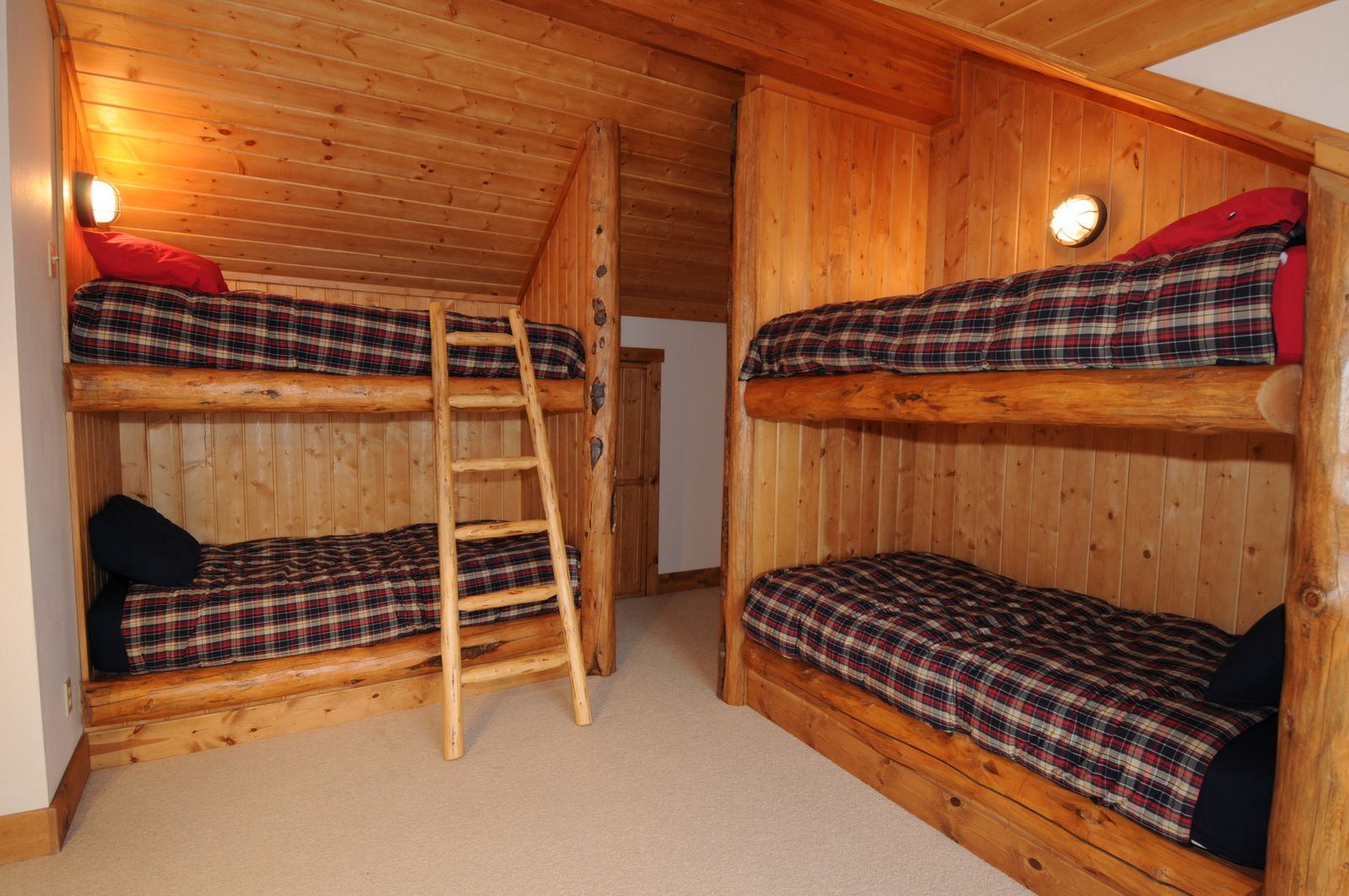Two Sets Of Built In Bunk Beds Provide More Sleeping Space With