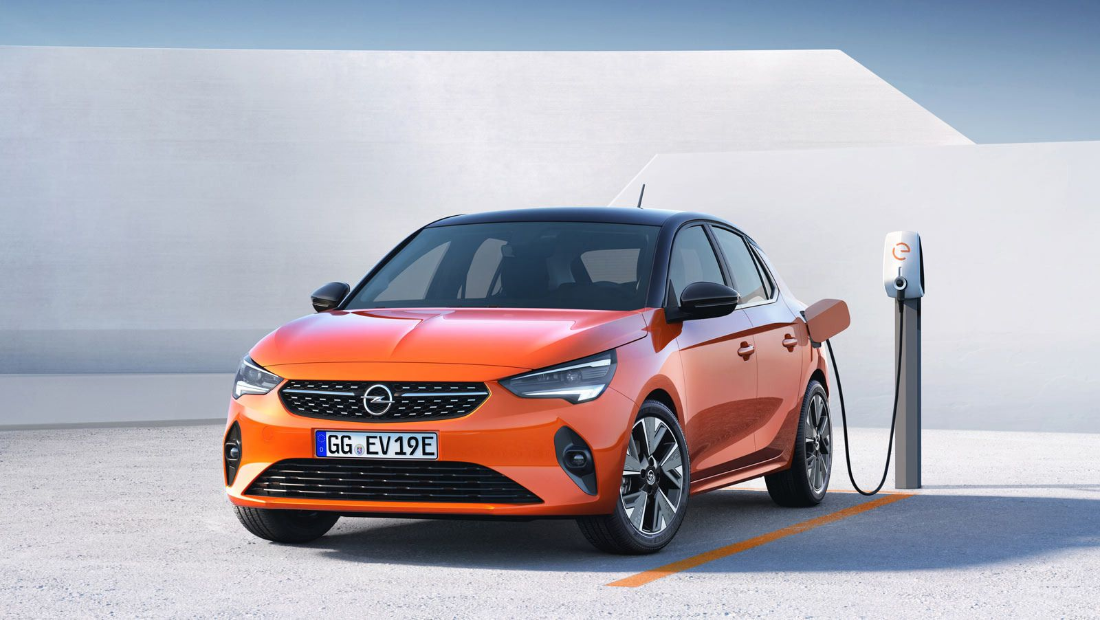 Do You Know How Many People Show Up At 2020 New Opel Astra