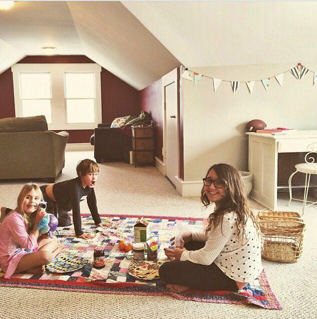 Indoor Picnic Decorations - fun activities to do with kids-Quarantine-Lockdown