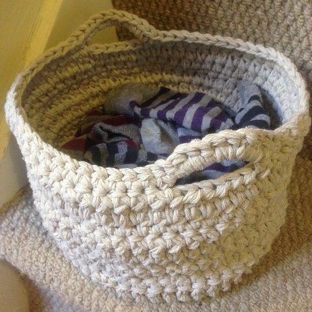 Chunky crochet twine basket - pattern from