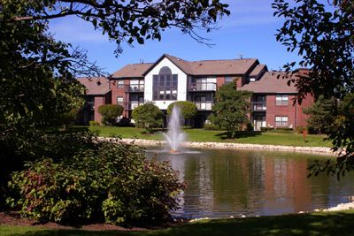 Apartment Homes In Illinois The Pointe Apartments Arlington Heights Apartment House Styles