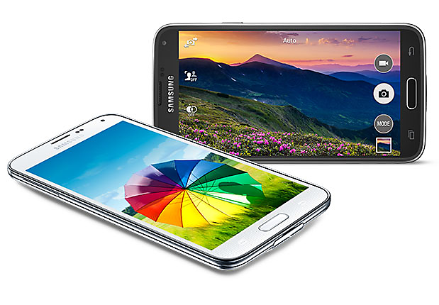 Currently, the Samsung Galaxy S5 is one of the flagship smartphones whose battery has long-lasting endurance; it has been revealed in tests also. The score of the handset is of 7 h & 38 minutes in the custom battery life test.