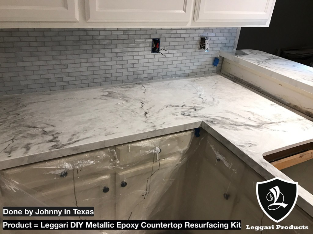 Diy White Marble Countertop Kits Right Over Your Existing Countertops Only 1 Day Install 17 Metallic Colors Industrial Grade Resin In 2020 Countertops Solid Surface Countertops Wood Kitchen Counters