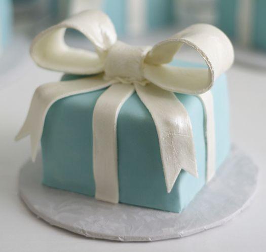 The Tiffany blue box petit four   48cca731a