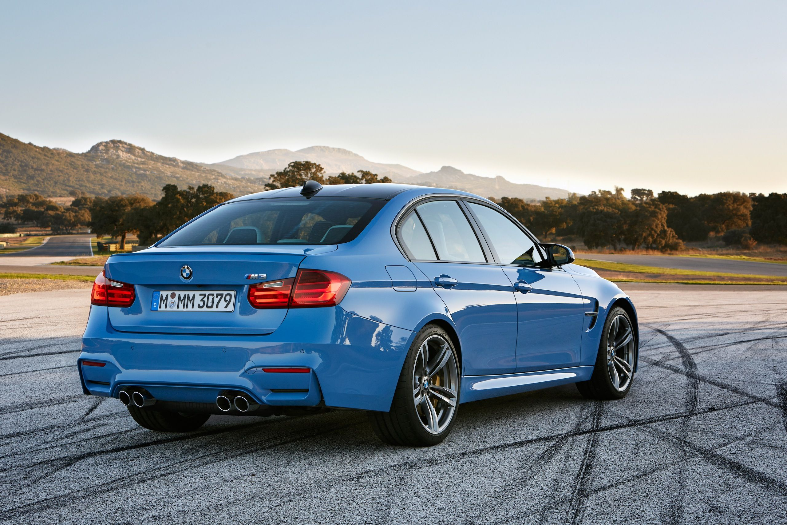 BMW M Sedan F Official Specs Wallpapers Videos Photos - 2015 bmw m3 sedan price