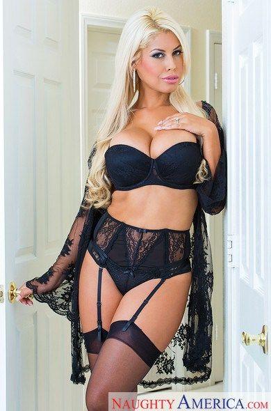 Bridgette B Must See Chicks Pinterest Latina And Luxury