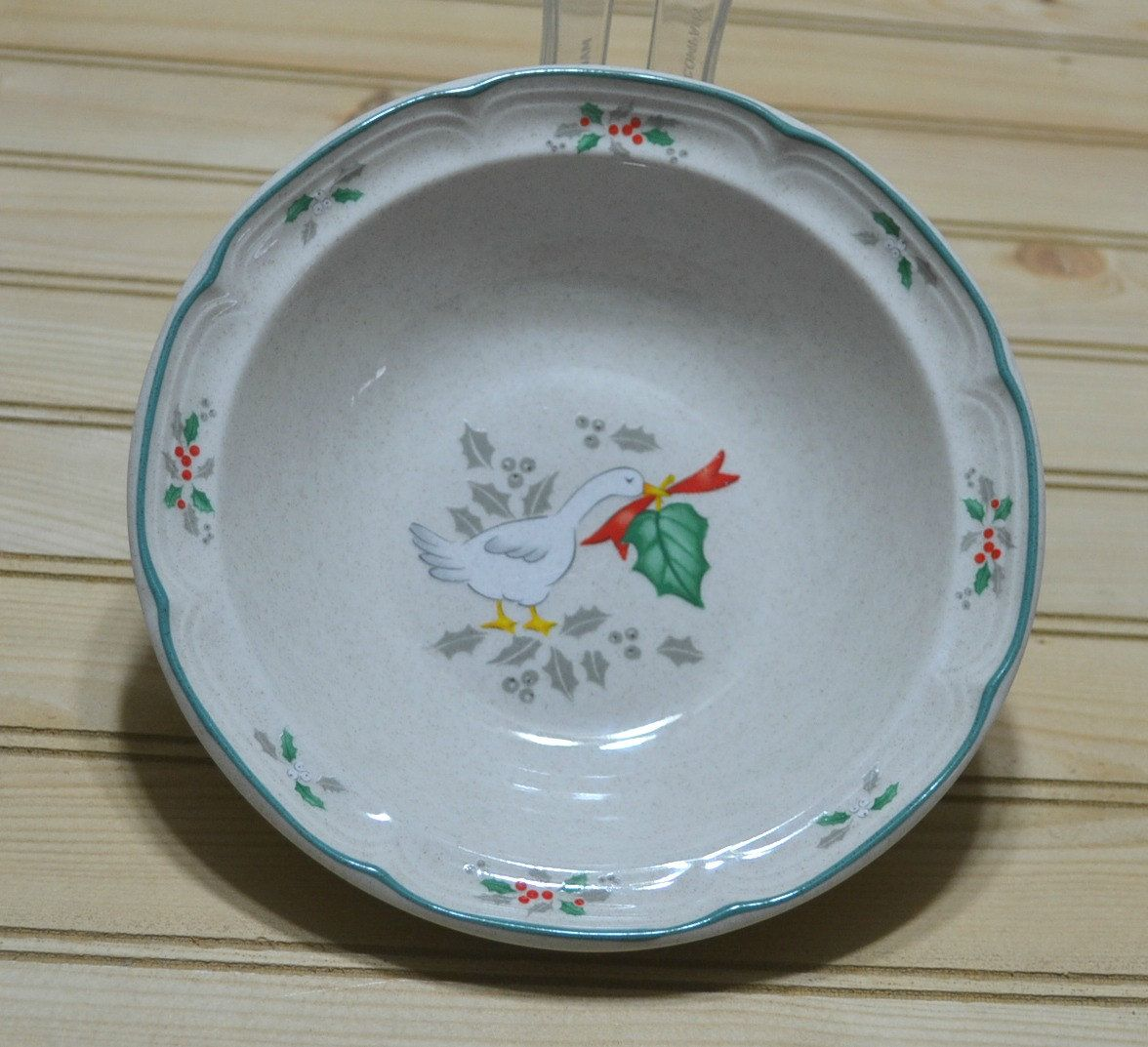 Vintage Christmas Dishes Marmalade Rim Cereal Bowl Stoneware International  Tableworks Japan Geese Red Ribbon Holly Green
