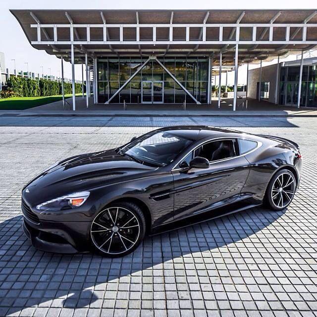 Aston Martin Vanquish, Sports