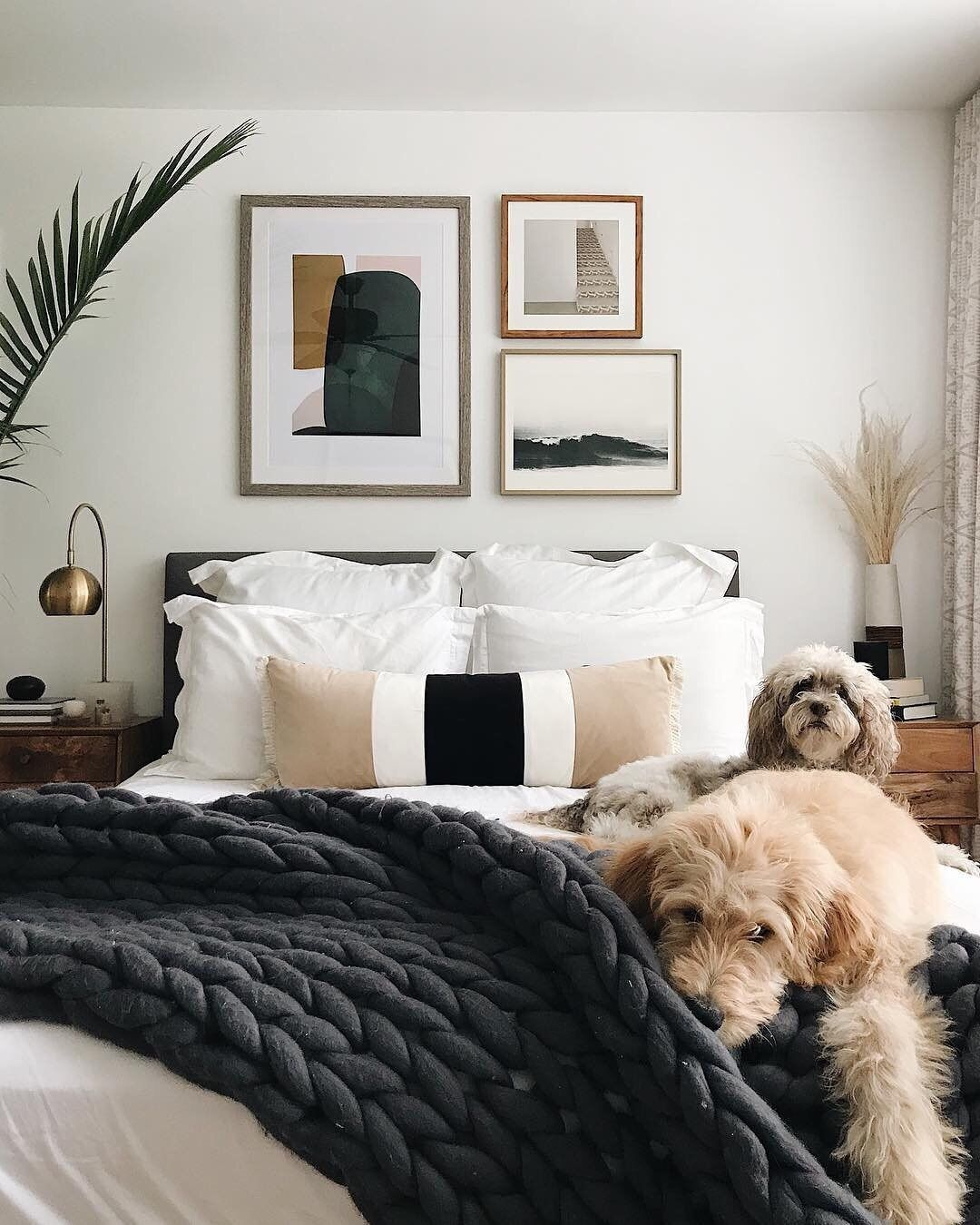 Apartment Therapy On Instagram The Fluffiness The Coziness It S Almost Too Much To Bear Almost Image Home Decor Bedroom Home Bedroom Bedroom Interior