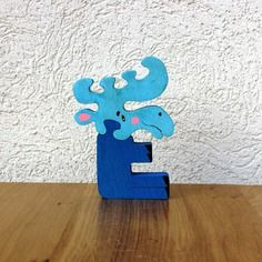Puzzle en bois  lettre e élan  décoratif et ludique