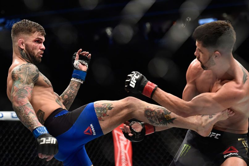 Cody Garbrandt Literally Dances To Victory Over Dominick Cruz In Ufc 207 Dominick Cruz Cody Garbrandt Ufc