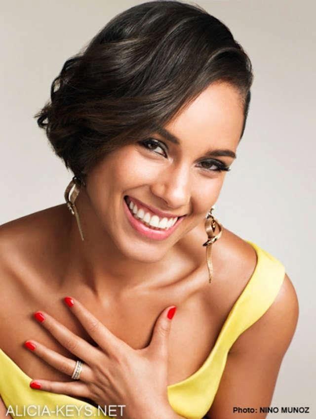 Alicia Keys Has A Great Smile Celebrity Oralhealth Teeth