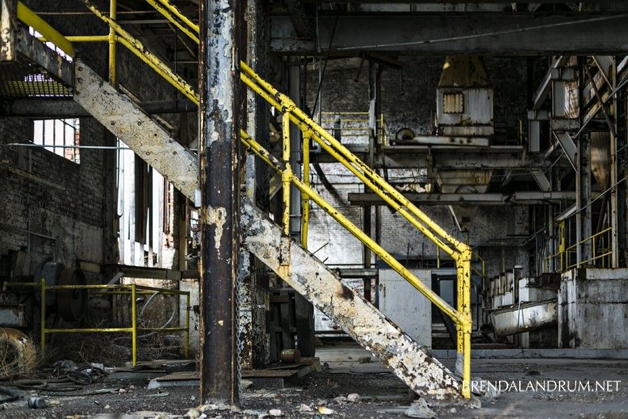 Abandoned Sugar Factory  www.brendalandrum.net