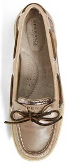 Cute taupe Sperry Top-Siders http://rstyle.me/n/qjehvnyg6
