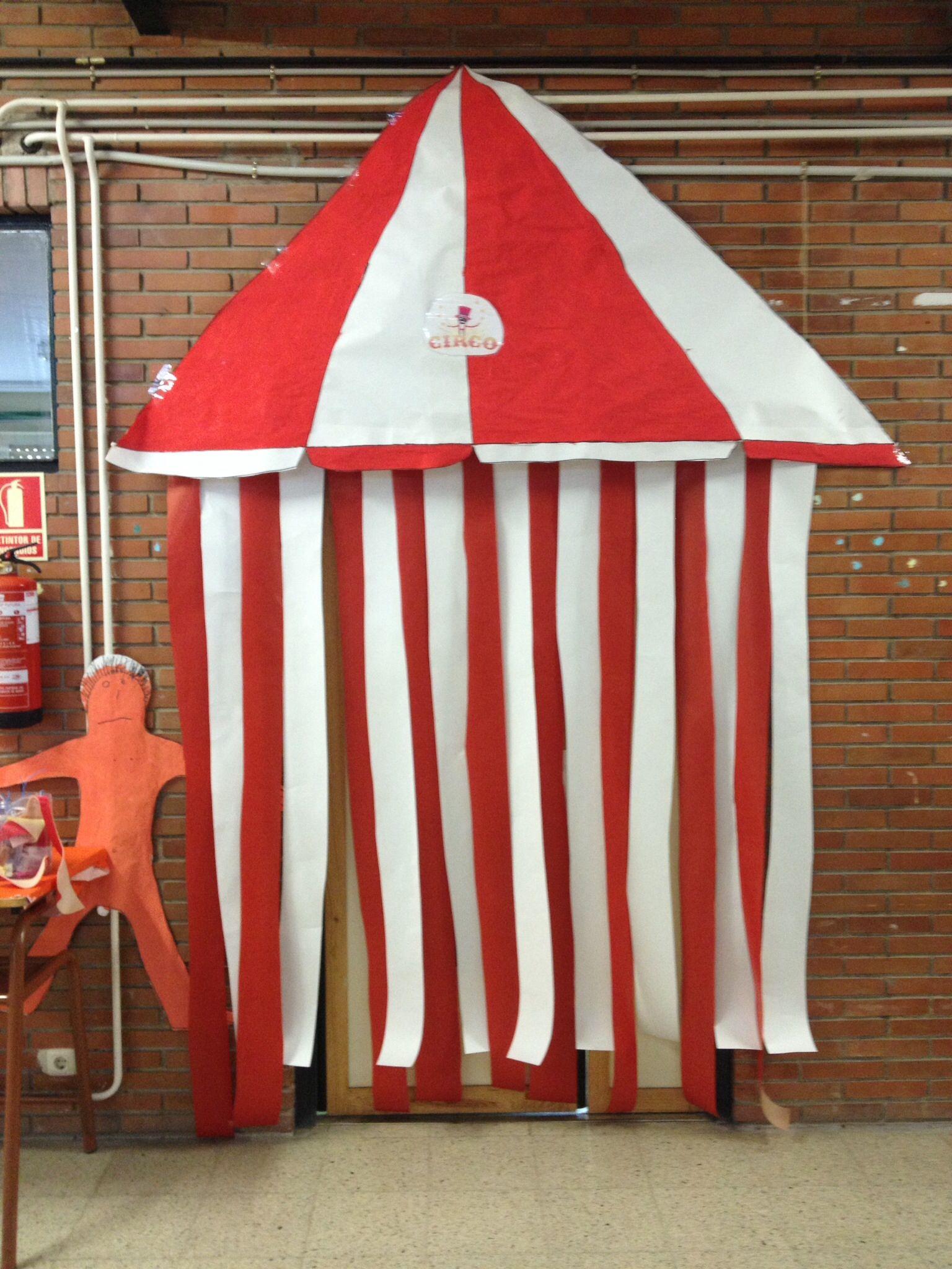 Puerta clase circo proyecto circo pinterest circo for Decoracion puerta aula infantil