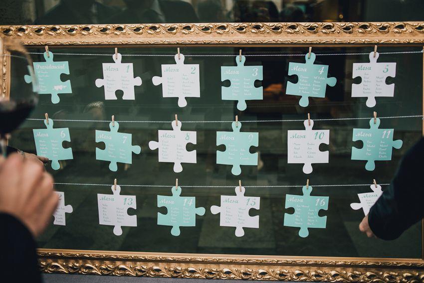 Para una boda con temática puzzle: piezas del sitting-cartel de ...