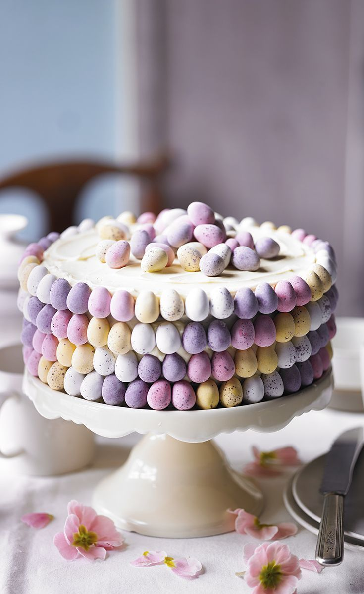 Photo of Layer cake decorated with small sugar eggs – #au #Cake #de # decorated #Layer # Å …