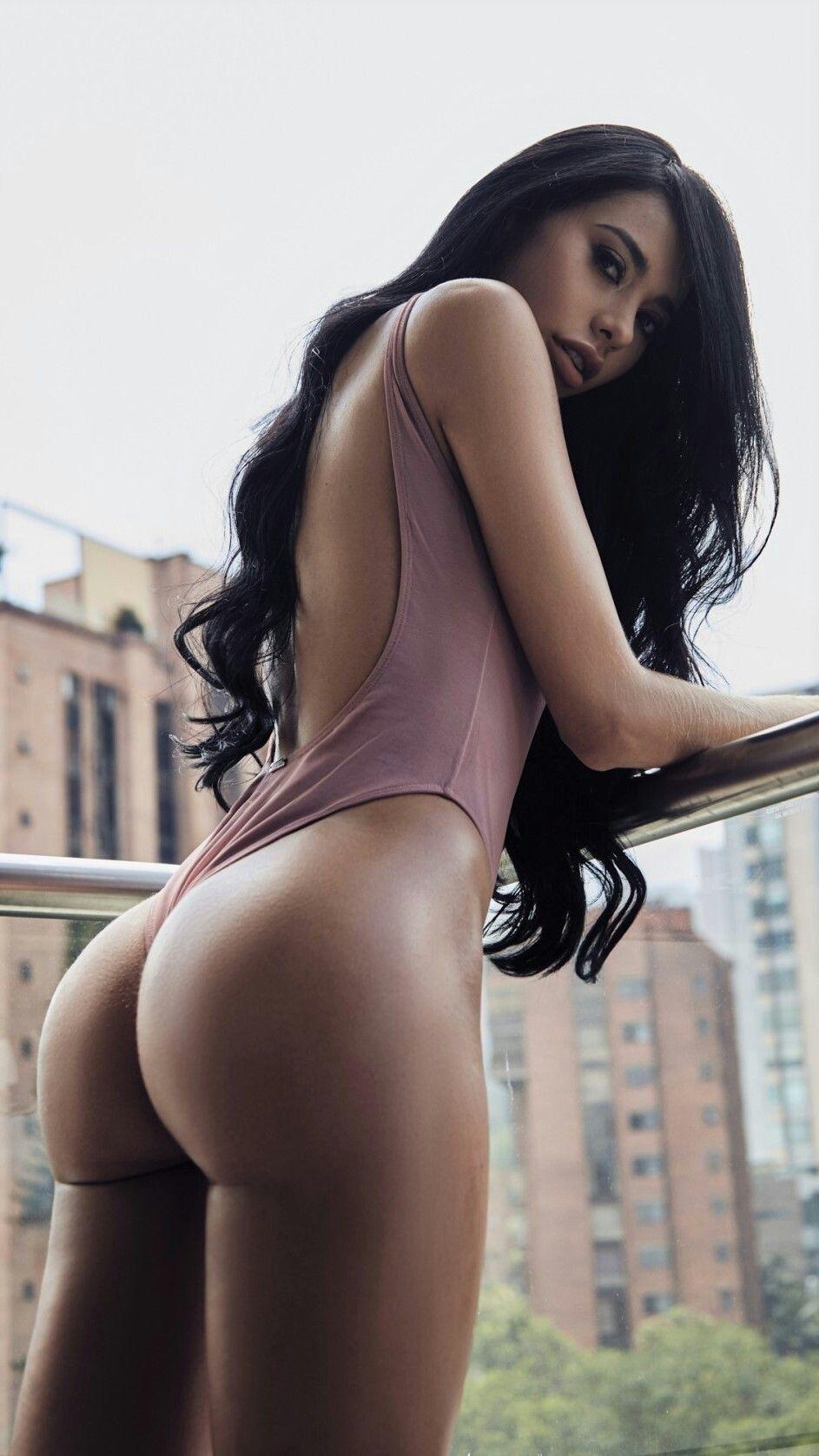 Regina moon nude