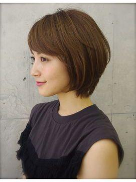 若く見えるボブヘア 40代からの前下がりショート 髪型 ヘアカタログ ヘアスタイル ヘアスタイル ボブ 髪型