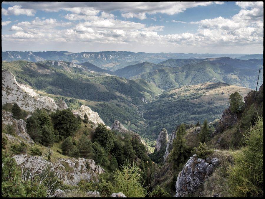 The Posaga valley,  Apuseni Mountains, Transylvania \ Photo © Kaspar Reiser