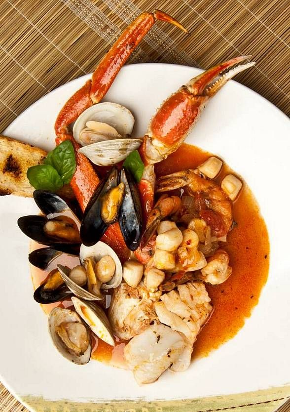 Seafood Shack And Gilley S Saloon Dance Hall Bar B Que Celebrate Spring Las Vegas Restaurant Week