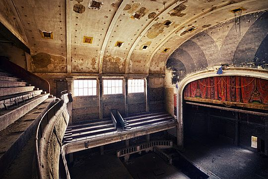 Abandoned stage