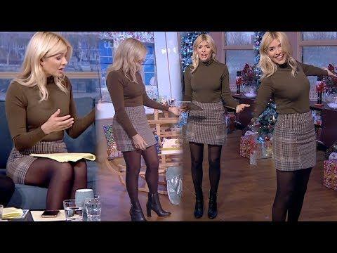 Tv presenter pantyhose