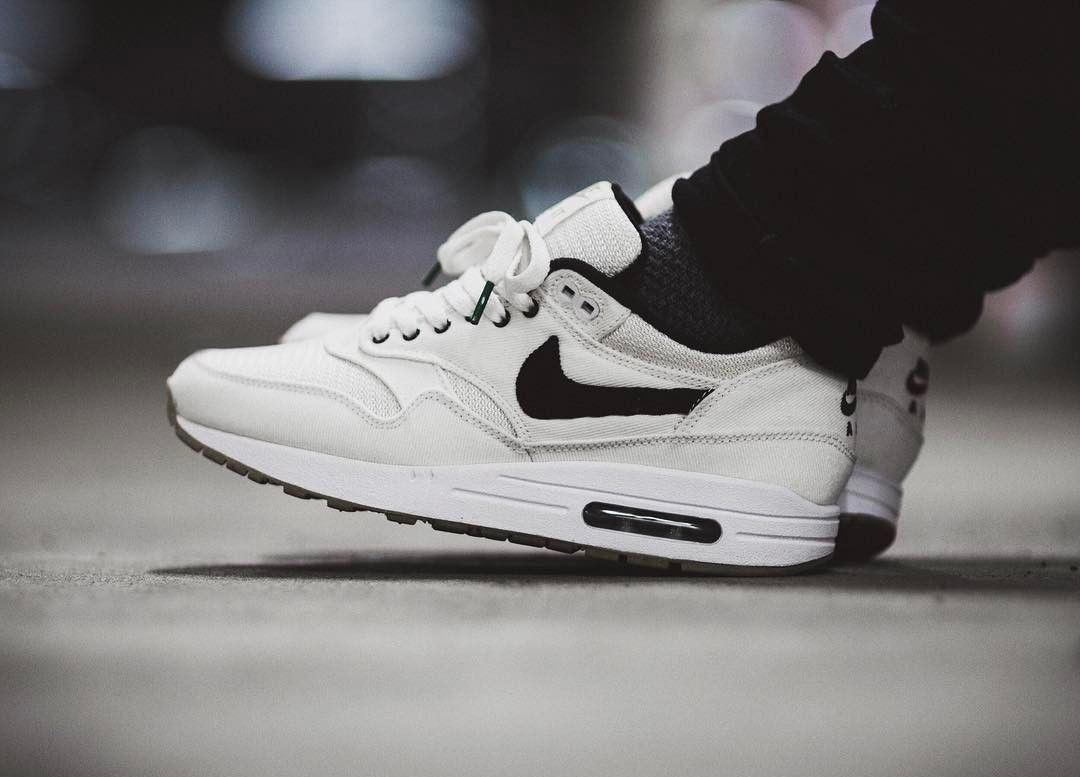 online store acd92 4ce3f Nike ID Air Max 1 (by pitchblackthoughts)