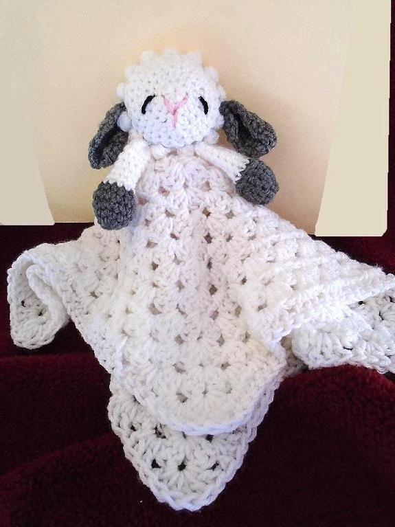 763 LITTLE LAMB CUDDLE BLANKET via Craftsy | All about baby | Pinterest