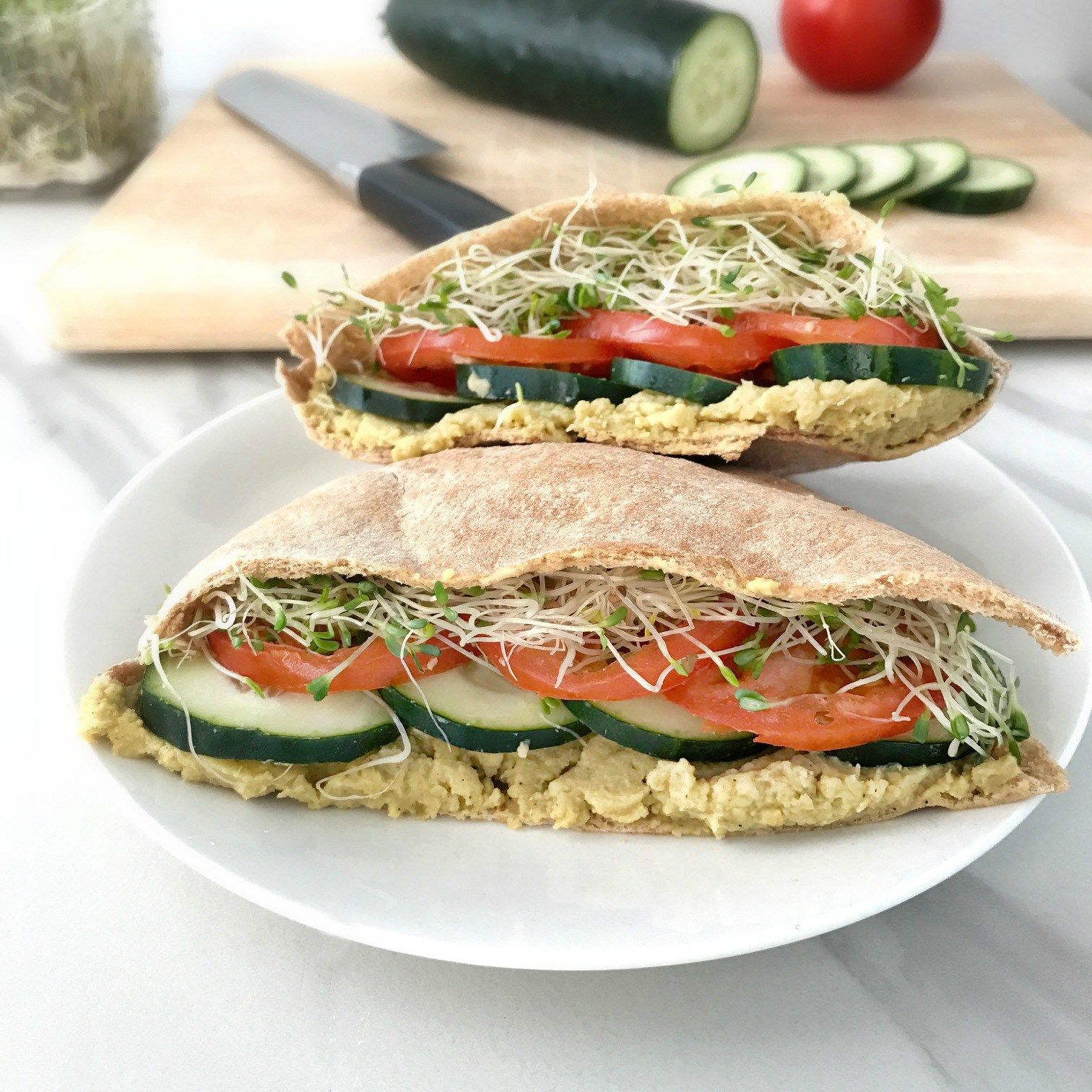 Veggie Pita Sandwiches With Avocado Hummus Your Choice Nutrition Recipe Healthy Pita Recipes Avocado Hummus Recipe Pita Sandwiches