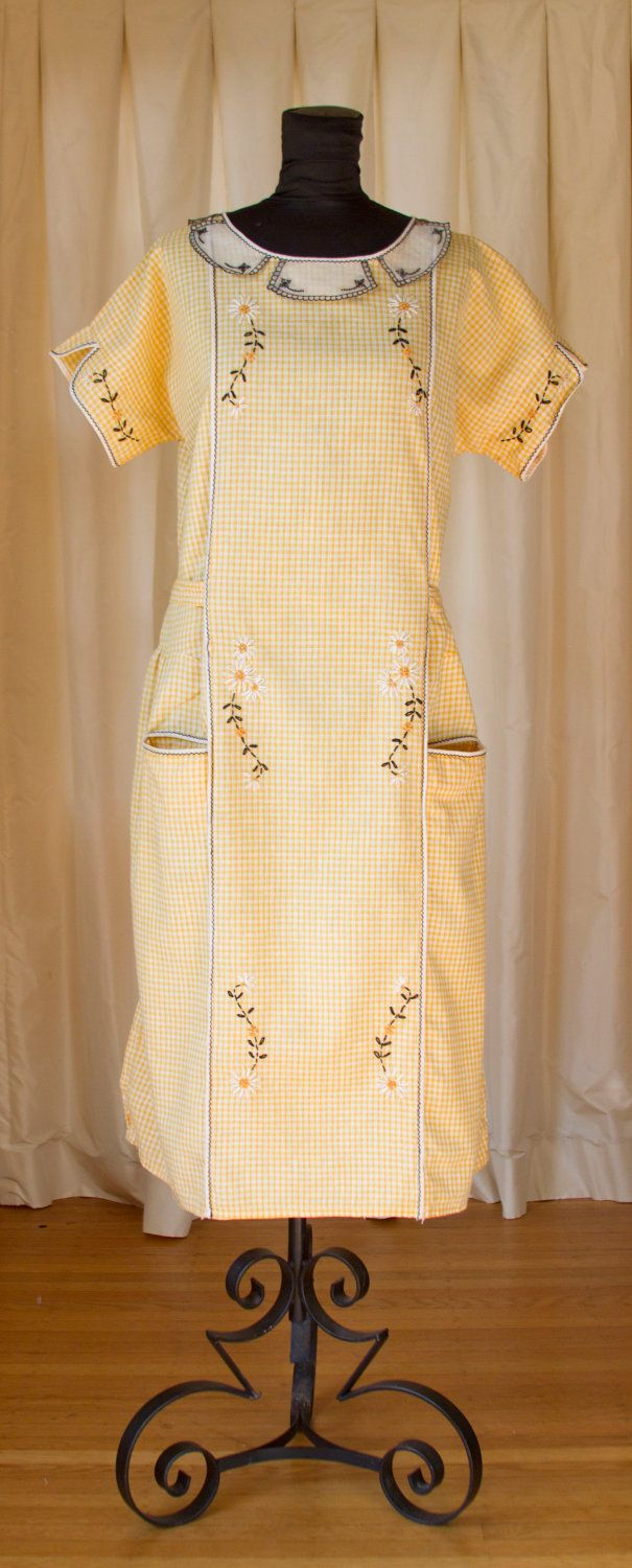 Us yellow gingham daisy embroidered cotton dress vintage
