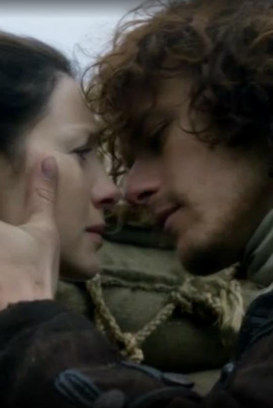 Outlander Season 2, Jamie & Claire, Sam Heughan, Caitriona Balfe