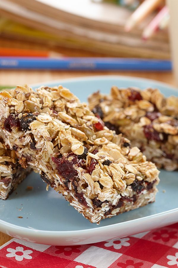 Chewy Fruit Nut Bars These Kid Friendly Bars Are A Great Snack For After School Or On The Go Made With Dried Eagle Brand Recipes Snacks Fruit And Nut Bars