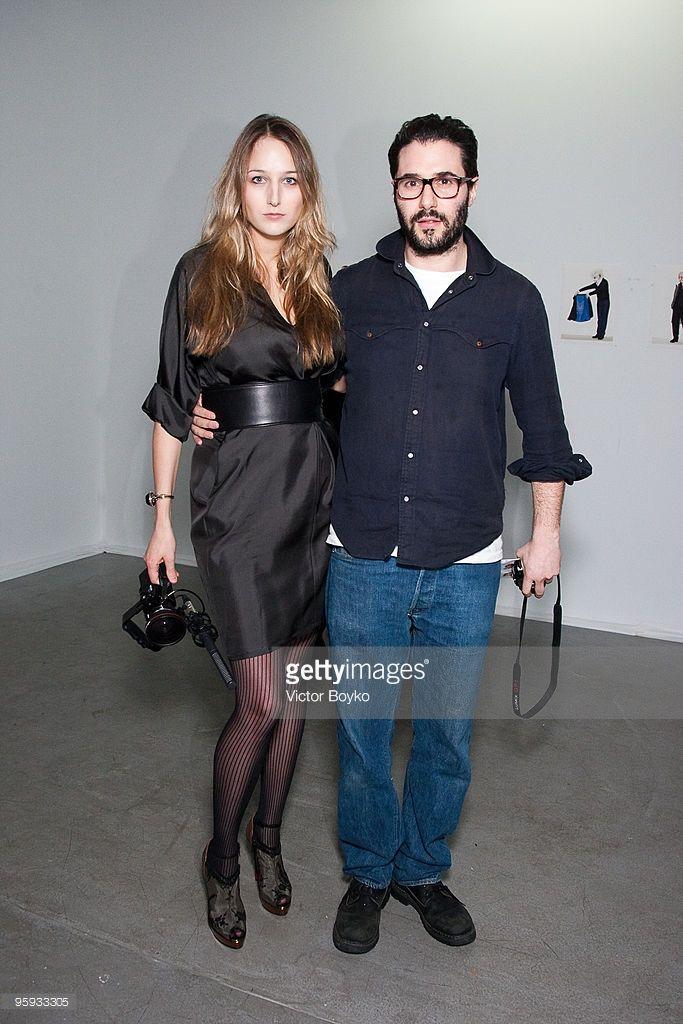 Adam Kimmel R And Leelee Sobieski Pose At The Adam Kimmel Presentation During Paris Men S Fashion Week Fall Mens Fashion Week Paris Fashion Week Fashion Week
