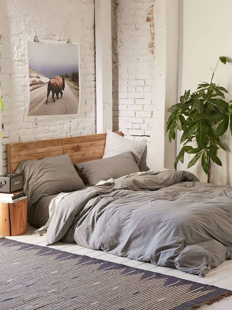 To make the bedroom look attractive and aesthetic, you don't need to use too many colors for your bedroom. 40 Men S Bedroom Ideas For Modern Masculine Appeal Masculine Bedroom Mens Bedroom Decor Aesthetic Bedroom