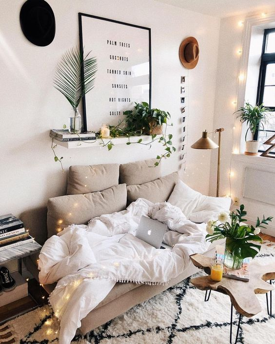 The Mid Century Modern Decor On A Budget That's Perfect For Your Dorm Room #bedroominspo