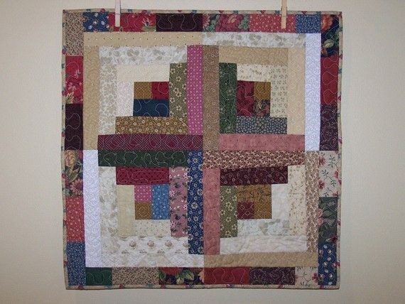 Modern Log Cabin Quilt   Log Cabin Quilt Wall Hanging in Thimbleberries