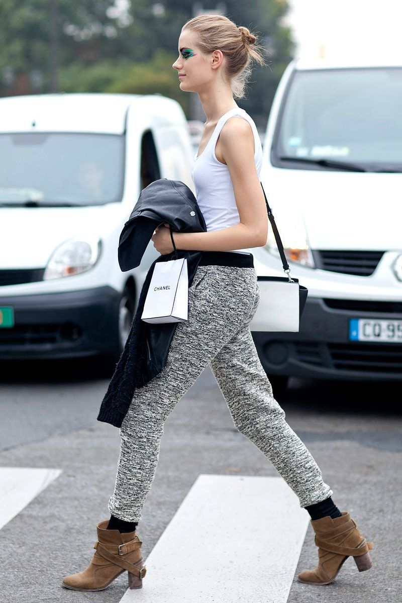 legging it after Chanel. #offduty in Paris.