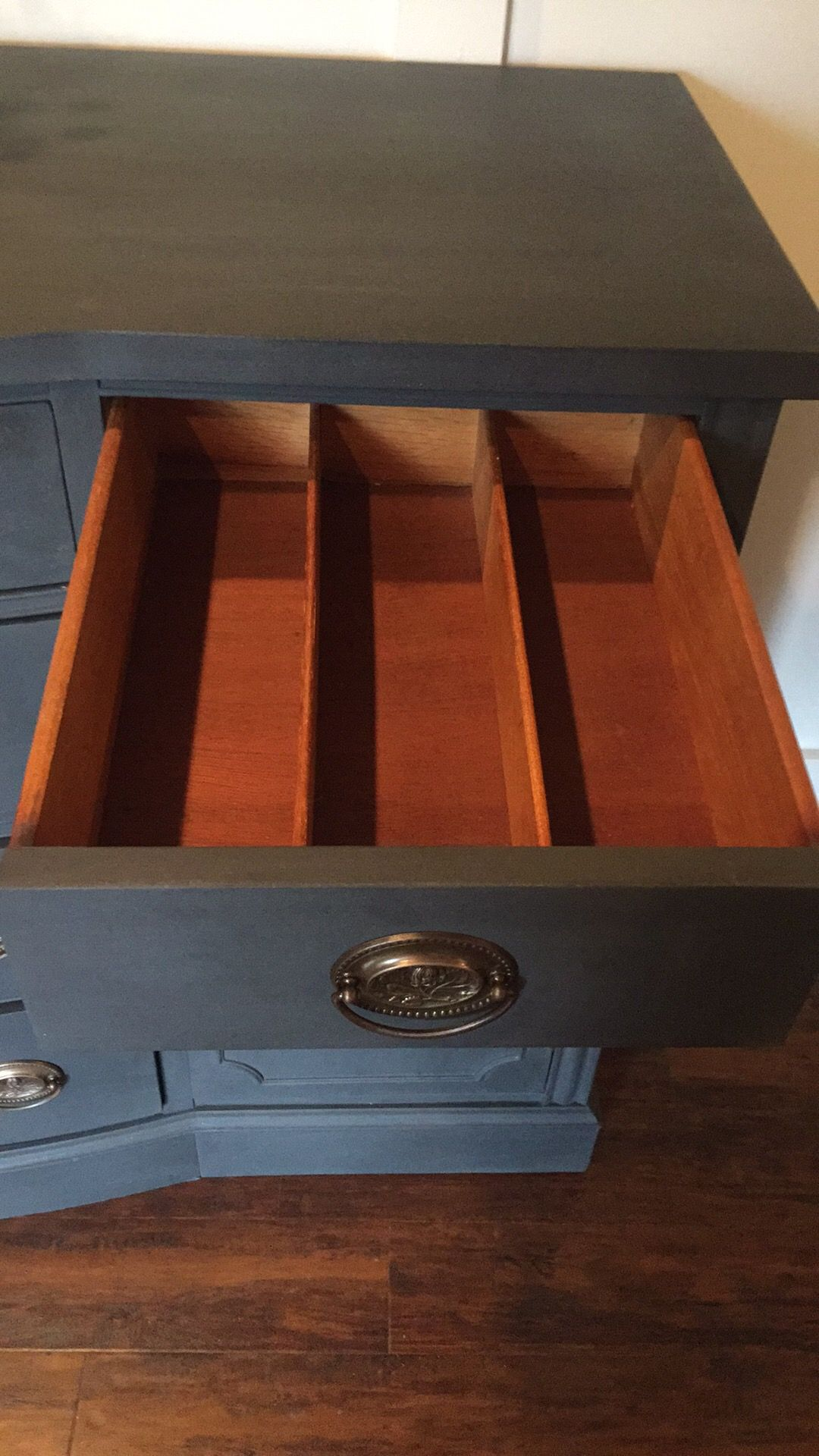 How to get a smooth finish using chalk paint charcoal