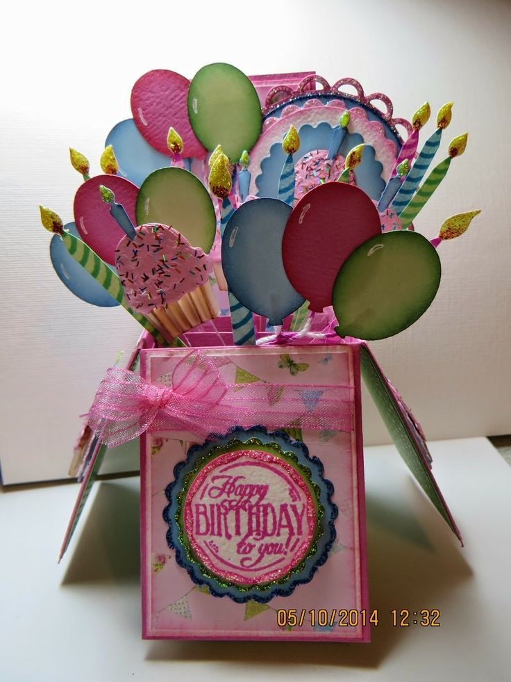 Pin By Liz Nystrom On Cards Special Cuts And Folds Pinterest